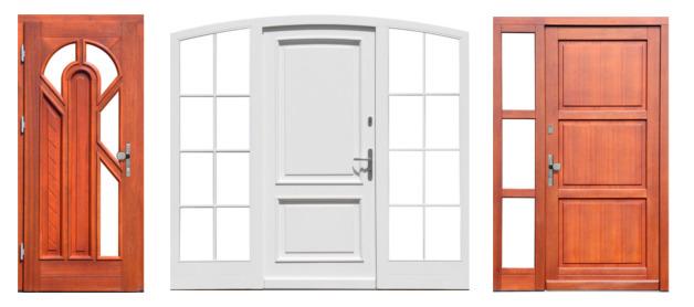 Wybór drzwi drewnianych zewnętrznych